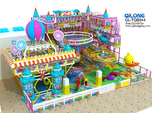 QL-TQB044 candy castle playground